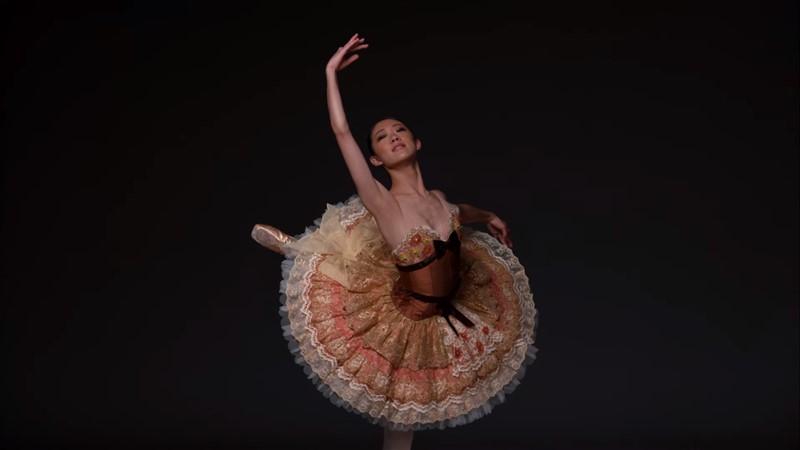el cuerpo de una bailarina clásica